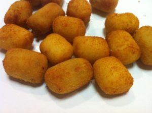 Croquetas de gallina y croquetas de fondue de queso