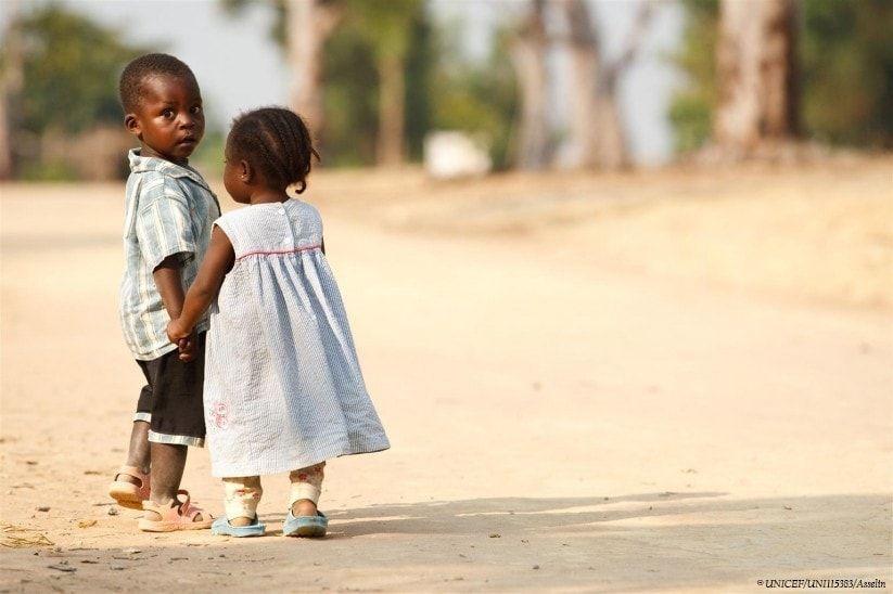 En tu boda, regala solidaridad con el Regalo Azul de UNICEF 3