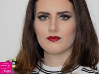 ŠMINKA ZA RAZLIČITE TONOVE KOŽE – rad studenata smera Makeup artist