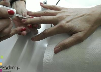 Kako vizuelno izdužiti nokte