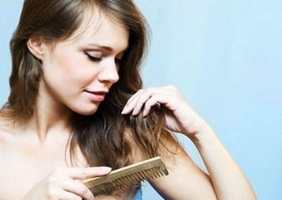 Zašto dolazi do opadanja kose