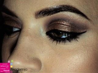 METALIK SENKE – sa praktične nastave, studenti prve godine smera Makeup artist