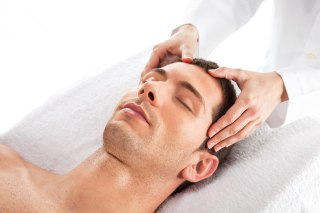 DOBROBITI MASAŽE GLAVE – pravilan način masiranja glave