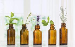 MIRISNIM DODIROM DO BOLJEG RASPOLOŽENJA – različita esencijalna ulja
