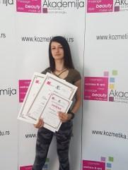 Anastasija Žunić, kurs profesionalnog šminkanja