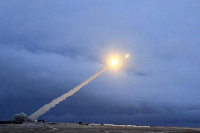 «Улюблена ракета» Путіна провалила п'яті випробування поспіль