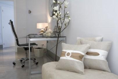 13-luxury-villa-in-a-contemporary-neutral-scheme