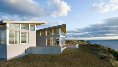 Photo of Modern napelemes tengerparti ház