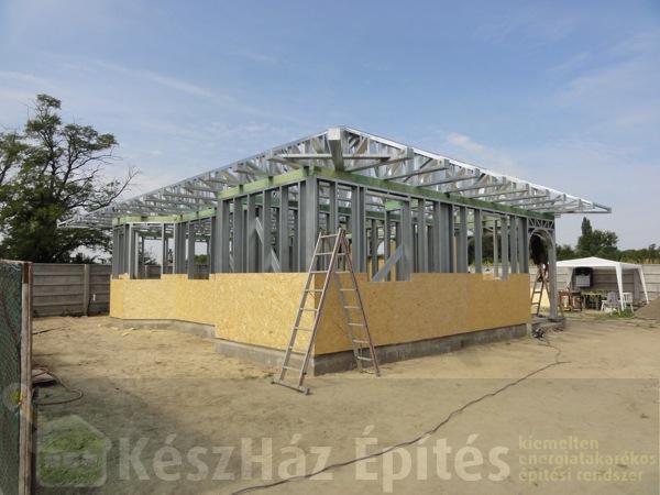 szlovákia-könnyűszerkezetes-ház-acélszerkezet-építés5