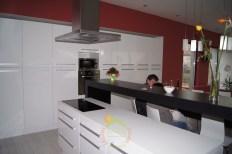 Minimál családiház konyha
