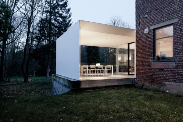 exterior-design-House-K-by-GRAUX-BAEYENS-Architecten