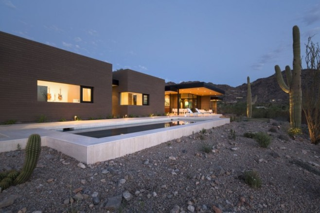 House-in-the-desert