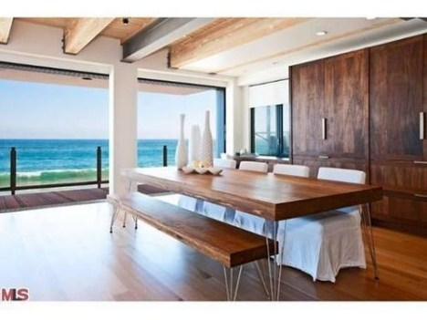 matthew-perry-malibu-beach-house-06