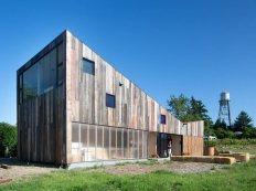 new-studio-barn-features-100-year-old-barn-board-siding-6-façade-gallery-thumb-630x472-26114