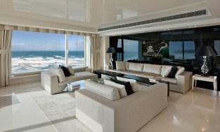 Neutral-colours-defining-interior