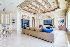 Luxury-Palm-Royale-property-for-sale-15