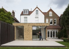 exterior-modern-home