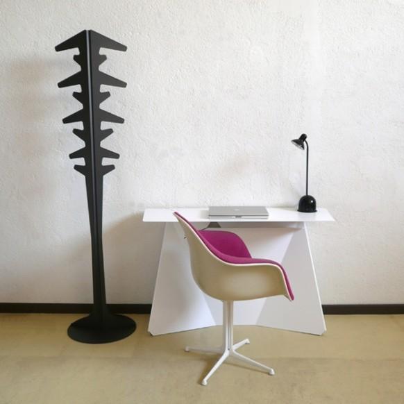 desk-back-582x582
