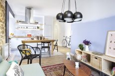 small-apartment-in-Spain-living-room-rug