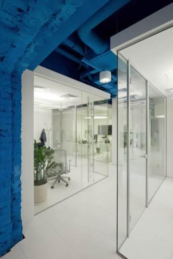 OPTIMEDIA-Media-Agency-Office-by-Nefa-Architects-5
