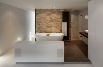 Floating-Amsterdam-home-basement-bathroom-design