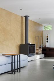 Floating-Amsterdam-home-fireplace-in-living-area1