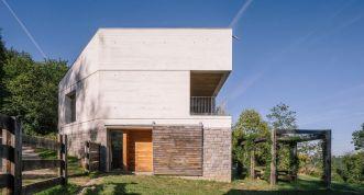 Casa-TMOLO-conversion-front-facade
