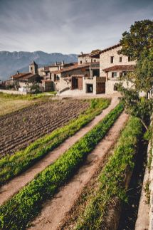 Rustic-house-gets-rehabilitated-in-Spain-surrounding-fields