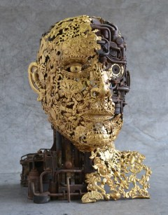 sculpture-with-reclaimed-materials-600x769