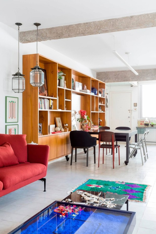 11-exposed-structural-elements-apartment-renovation