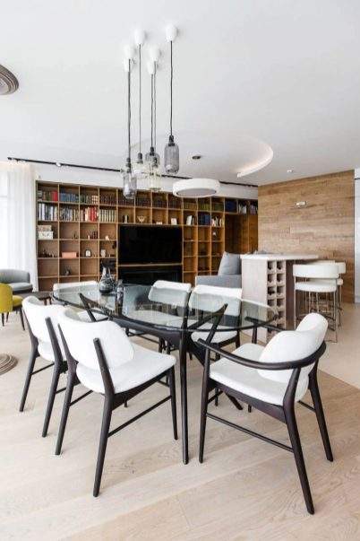 Dining-room-with-clear-glass-table