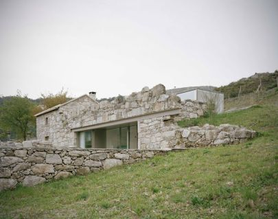 architecture-house-made-of-rock-1