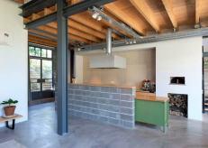 potato-barn-conversion-residential-architecture-interiors-houben-van-mierlo-architecten-amsterdam-netherlands_dezeen_2364_ss_1-852x608