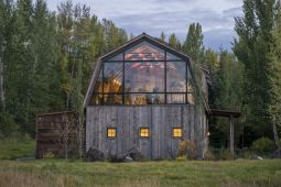 The-barn-Design-with-Large-Windows