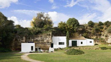 Photo of Barlanggal összeépített ház