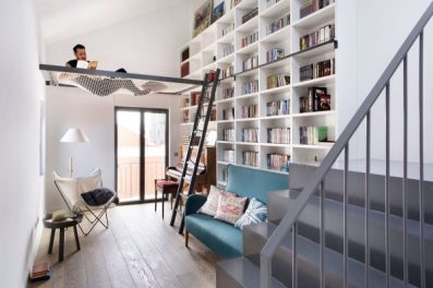 bookcase-strung-hammock-home-reading-room-600x399