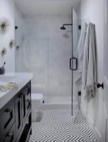 Small-but-stylish-bathroom-900x1184