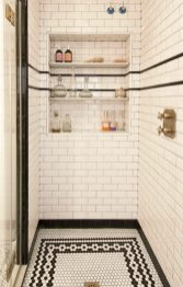 Small-shower-with-patterned-floors-900x1411