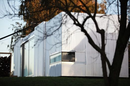 Casa-Invisible-concept-exterior-design