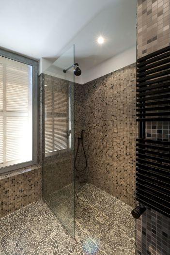 Mosaic-walk-in-shower-design