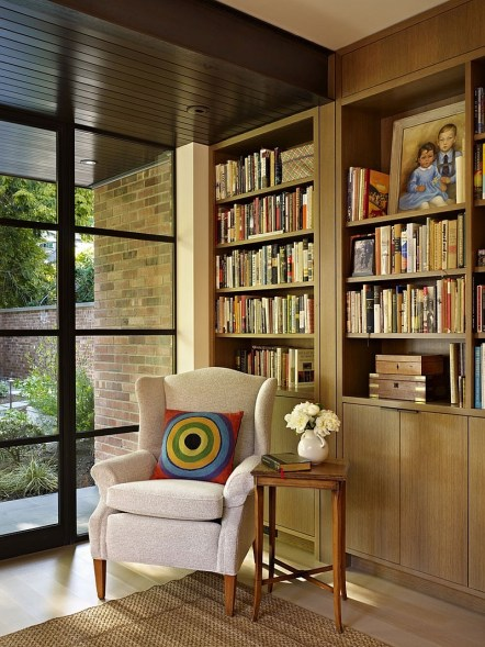 The-Book-House-has-cozy-reading-nooks-in-corners-and-by-the-windows