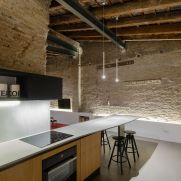 Musico-apartment-uses-light-to-emphasize-textures