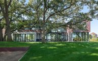 Lake-Waconia-House-designed-for-a-family-of-eight