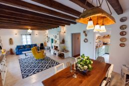 architecture-traditional-interior