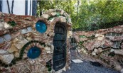 frank-zappas-5-3m-palace-of-weird-has-an-unsurprising-buyer-lady-gaga22