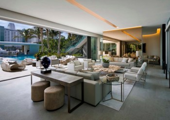 Pine-Tree-Miami-house-welcomes-the-outdoors-in