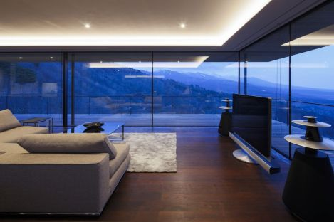 House-in-Yatsugatake-designed-by-Kidosaki-Architects-Studio-Living-Room-by-night