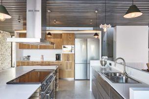 Kitchen-workspaces-Corsica-decor