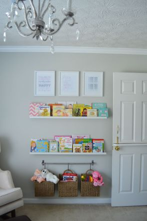 Nursery-room-bookshelf-ledge