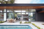 San-Mateo-house-opens-towards-the-outdoors-to-the-side-of-the-lot